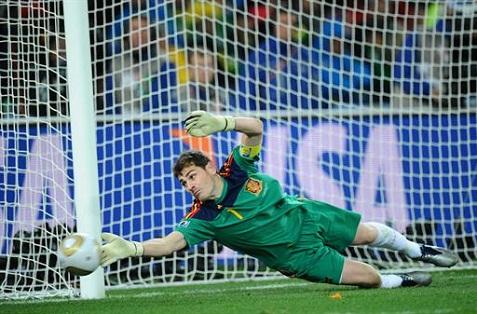 Archivo:Casillas seleccion.jpg