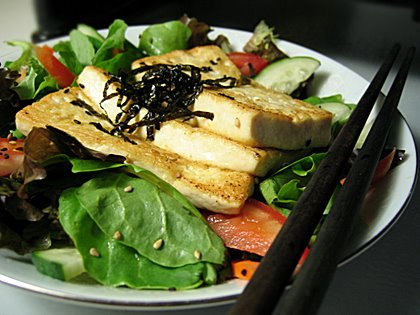 File:Tofu salad chopsticks.jpg