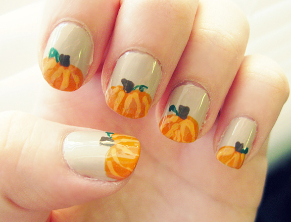 File:Fall-nail-art-pumpkins.jpg
