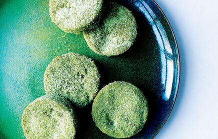 Matcha-white-chocolate-sugar-cookies-940x600