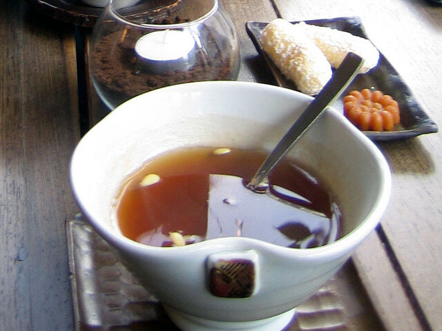 File:800px-Korean.tea-Sujeonggwa-02-E1.jpg
