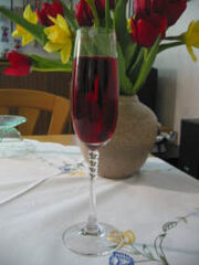 Cocktail cherry champagne