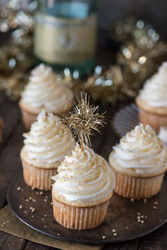 Champagne-Cupcakes-3