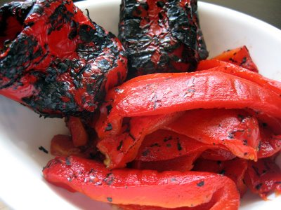 File:Roasted red peppers.jpg