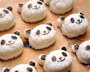 Panda-rice-balls