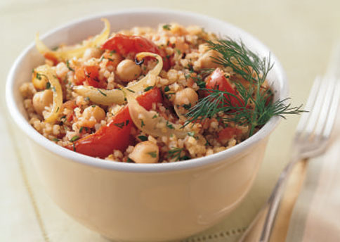 File:Mare bulgur pilaf with roasted tomatoes onion and garbanzo beans h.jpg