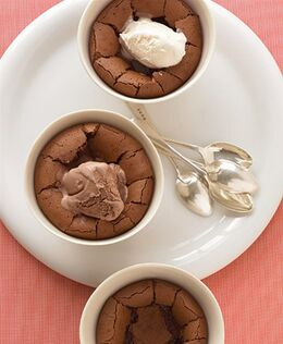 Chocolate-pudding-cups