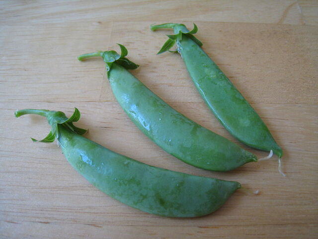 File:Snap peas.jpg