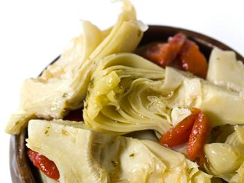 File:Artichoke-salad.jpg