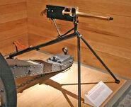 734px-Maxim machine gun Megapixie