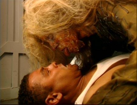 File:Lister-Carmen-kiss.jpg