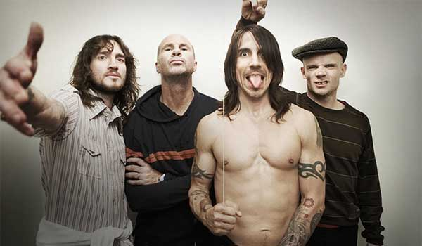 File:Red-hot-chilli-peppers-12.jpg