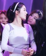 Seulgi staring at Irene 2
