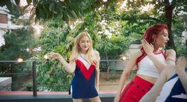 Red Velvet Red Flavor MV 35