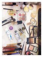 Make-Up - 50