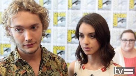 Adelaide Kane and Toby Regbo Interview - Reign (CW) Season 2