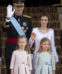 File:Spanish Royal Family1.jpg