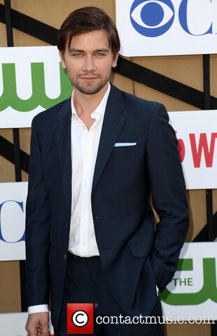 File:Torrance-coombs-cw-cbs-and-showtimes-2013 3788527.jpg
