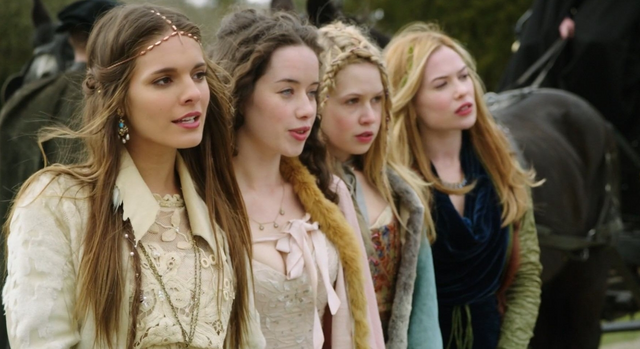 File:Reign Pilot 10 Ladies in Waiting.png