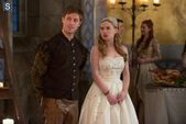Reign Episode 201 15 The Darkness Promotional Photos (7) 595 slogo