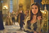Reign Episode 1 17-Liege Lord Promotional Photos 595 slogo (7)