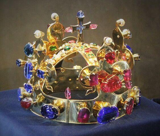 File:Crown of St. Wenceslas.jpg