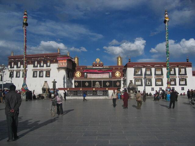 File:Jokhang Temple in Tibet.jpg