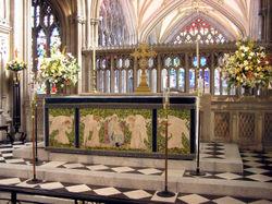 File:Altar.stmaryredcliffe.arp.jpg