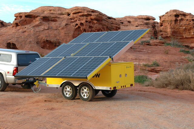 File:MobileSolar GreenTow.jpg