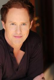 Raphael Sbarge-Once Upon a Time-Jiminy Cricket-Dr Archie Hopper