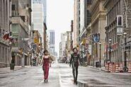 Ada Wong walking with Alice through New York simulation