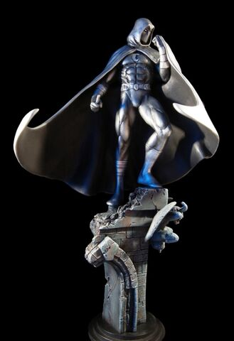 File:MoonKnight statue1.jpg