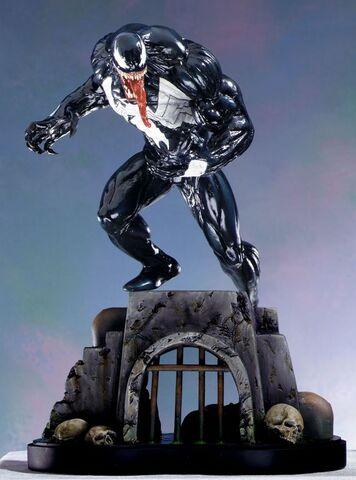 File:Venom statue.jpg
