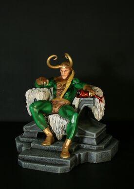 Loki Statue 2a