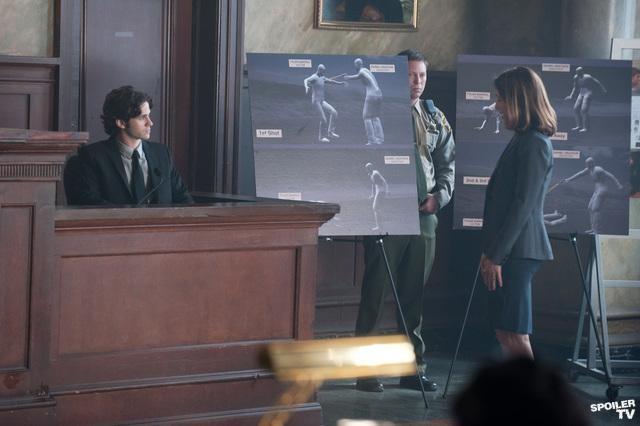 File:Revenge-1x18-photo-promo-13.jpg