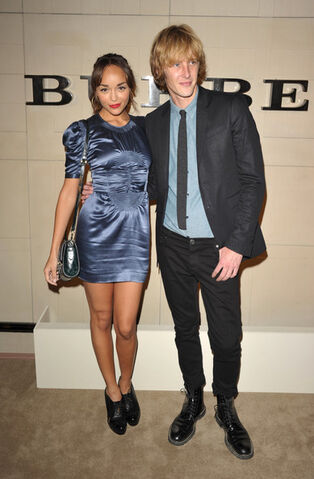 File:Gabriel+Mann+Burberry+Body+Launch+Arrivals+zN8VGX2FESMl.jpg