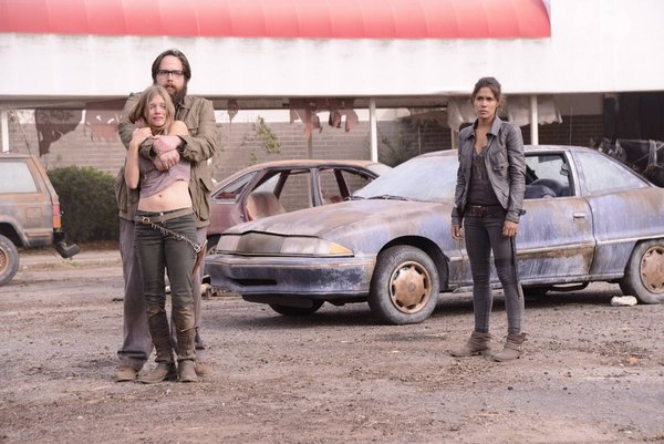File:Revolution 1x11-5.jpg