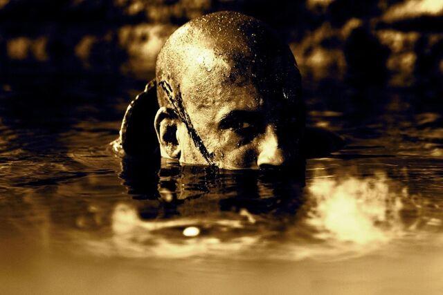File:Riddick-movie-images-vin-diesel-plotline-revealed-e1328403917288.jpg