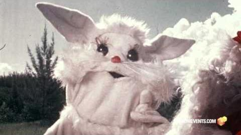 RiffTrax Live SANTA AND THE ICE CREAM BUNNY (Trailer)-0