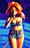374px-Rihanna, LOUD Tour, Baltimore 1