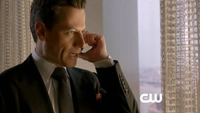 Ringer-1x16-you-re-way-too 4weyh 1zzrgx