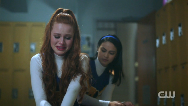 File:Season 1 Episode 2 A Touch of Evil Cheryl crying with Veronica.png