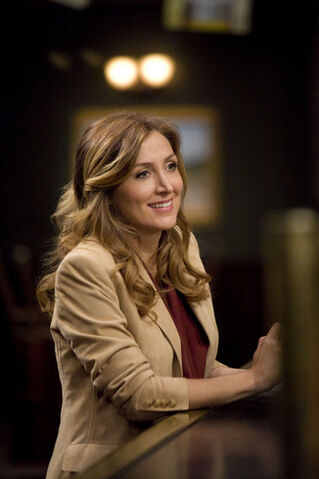 File:1x09-more-stills-rizzoli-and-isles-14633829-333-500.jpg