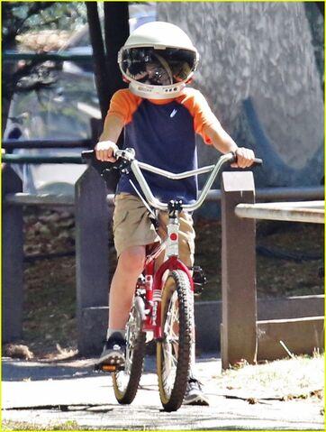 File:August-bike.jpg