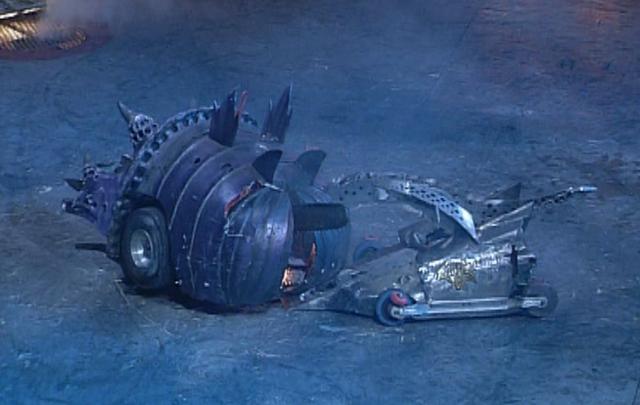 File:Razer kills matilda.png