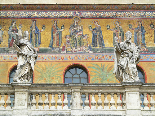 File:Santa Maria in Trastevere.jpg