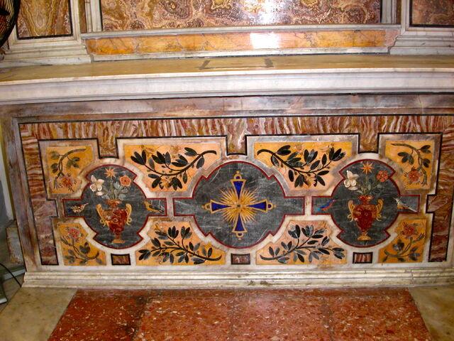 File:2011 Ambrogio, first left altar frontal.jpg