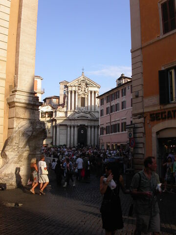 File:Vincenzo ed Anastasio a Trevi.jpg