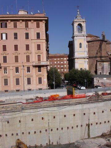 File:Maria delle Fornaci.jpg
