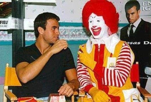 File:Ronald & Enrique.jpg